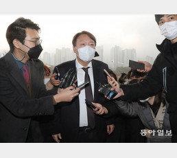 """윤석열 """"檢수사권 폐지 막을수 있다면 職 100번이라도 걸겠다"""""""