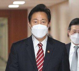 """吳 """"박원순 피해자에 사과…성폭력 원스트라이크 아웃"""""""