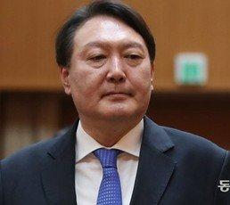 윤석열 사퇴 이후…'살아있는 권력' 수사 올스톱 됐다