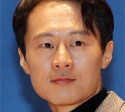 """판사출신 與 이탄희 """"김명수, 공사구분 없어"""""""