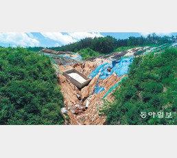 [단독]폭우에 농지 덮친 '태양광 산', 복구는커녕 배수 정비도 안돼