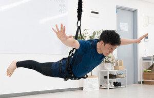 """""""기자, 하늘로 날아오르다"""" 이다해도 반한 다이어트 운동 '번지피지오' 체험기"""