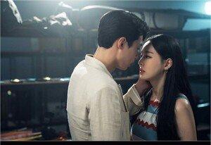 [DAY컷] '검블유' 이다희♥이재욱, 키스 1초 전 공개 (ft.심쿵)