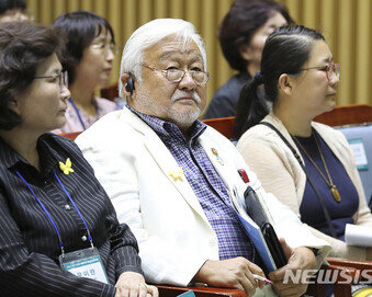 """혼다 前의원도 이용수 할머니 지지…""""윤미향 철저히 수사"""" 촉구"""