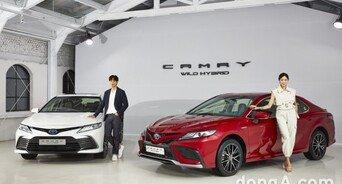 한국토요타, 2022년형 뉴 캠리 출시… 하이브리드 XSE 트림 추가
