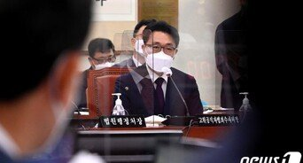 """'서울교육청 압색 유출' 의혹에 김진욱 """"기자들이 미리 파악"""""""
