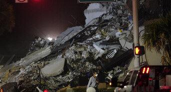 美 플로리다 아파트 붕괴사고 실종자 159명으로 늘어