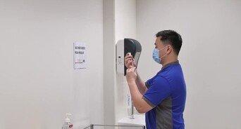 인구 82% 백신 접종 완료 싱가포르, 이틀 연속 신규 확진 1000명↑