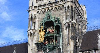 뮌헨 시계탑 인형춤