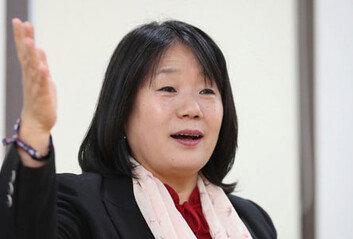 윤미향, 이용수 할머니 기자회견 참석 요구에도 끝내 불참