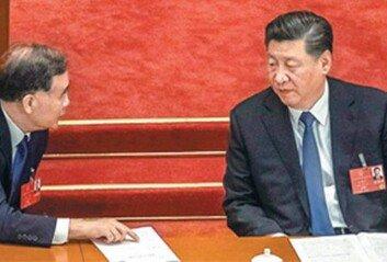 """위안화 절하 이어 """"내수시장 강화""""양손에 무기 든 시진핑"""