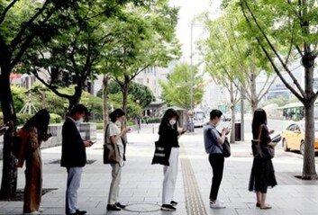 사회적 거리두기로 돌아가나방역당국·서울시 입장은?