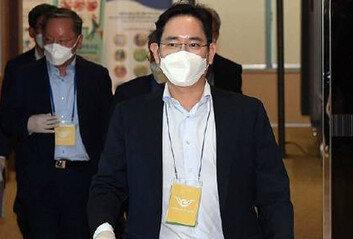 이재용, 사흘 만에 검찰 재출석'합병 의혹' 등 보강조사