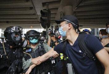 세계의 화약고 된 홍콩무엇이 젊은이들 거리로 내몰았나