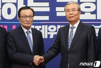 """여야 대표로 회동 이해찬-김종인金 """"4년 전엔 내가 이 자리"""""""