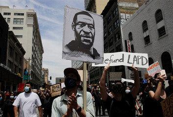 美경찰 목누르기, 20대 흑인남성사망 원인 2위…플로이드 예견된 죽음