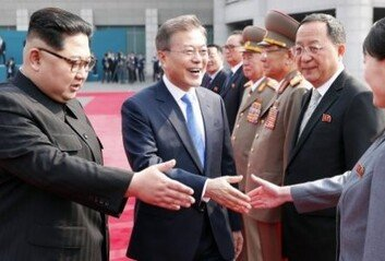 """北매체, 文대통령 '남북·북미 선순환관계' 비난…""""달나라 타령"""""""