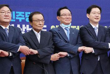 """이해찬 """"靑-政이 정책 다 정해놓고黨에 요청하는 당정협의 받지 말라"""""""