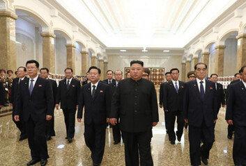 北 전략무기 개발 핵심 리병철, 권력 서열 5위 부상…軍部선 2인자