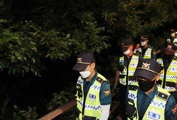 모자·마스크 쓰고 사라진 박원순 시장…경찰 700명 투입 야간 수색