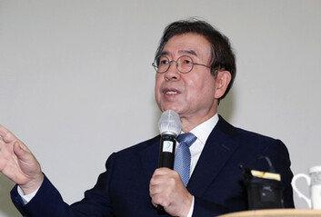 """박원순 사망 소식에 서울시 '충격·침통'""""믿어지지 않는다"""""""