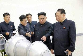 """유엔 """"北, 핵탄두 소형화 가능성""""유엔 공식문서 첫 거론"""