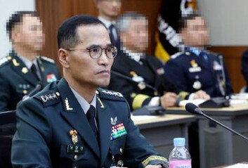 [속보]신임 육군총장에 남영신공군총장에 이성용