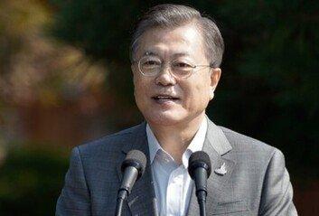 """靑 """"주호영, 대한민국 대통령에게 기본적 예의 갖추길"""""""