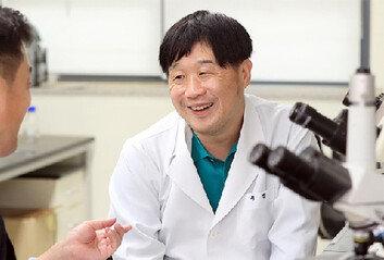 """""""문빠들아, 반박은 팩트와 논리로…왜 내 얼굴만 까나"""""""