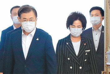두달전 개편안 그대로 승인秋 논란속 '검찰개혁 동력 살리기'