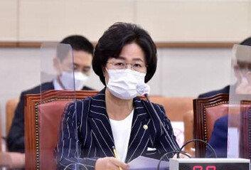 [속보]검찰, 추미애 장관 아들사무실·집 등 어제 압수수색