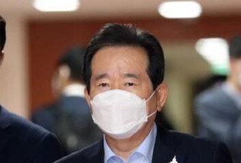 [속보]총리실 직원 1명 양성丁총리 코로나 진단 검사 후 공관 대기