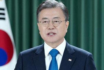 """文 유엔 '종전선언' 제안에…美 대북강경파들 """"北 면책시켜 줄 것이냐"""" 비판"""