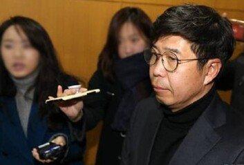 '靑 선거개입 의혹' 재판 4번째 헛바퀴이번엔 증거 분리 공방