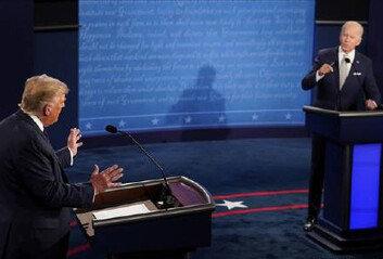 """트럼프 """"나 아니었으면 수백 만 명 죽었을것""""바이든 """"경제 망가져"""""""