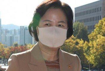 법무장관-檢총장 상하관계 논란,  헌법과 양식의 눈으로 보라