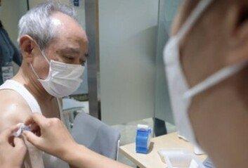 """질병관리청 """"독감백신 사망신고 59건 중 46건 인과성 낮다 판단"""""""