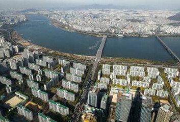 '1주택 재산세 인하' 놓고 의견갈리는 당청…與 9억원에 靑 '난색'