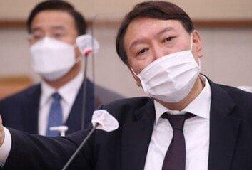 """윤석열 검찰총장 """"위법 부당한처분에 법적 대응할 것"""""""
