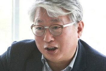 """與 조응천 작심비판""""추미애, 돌아오지 못할 다리 건너"""""""