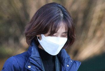 """류혁 """"보고 못받아"""" 패싱 따지자…박은정 """"秋장관 지시"""" 고성 설전"""