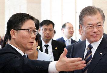 """김현미보다 센 후임 온다""""文정부 주택정책 가장 낫다"""""""