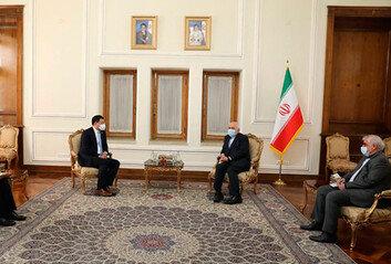 """""""억류한국 선박 석방가능성"""" 이란, 소문 공식 부인"""