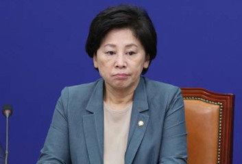 """박원순 피해자 """"남인순, 국민 앞에 사죄하고 의원직 사퇴하라"""""""