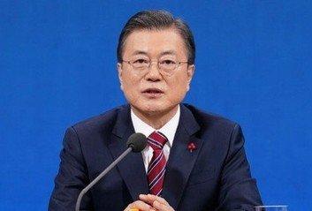 """靑 '손가락 욕설' 시비에 """"논란 자체가 의아"""""""