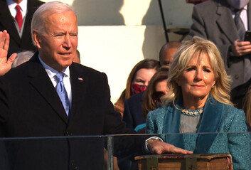 바이든, 취임일 첫 일정은 양당 지도부와 '화합 미사'