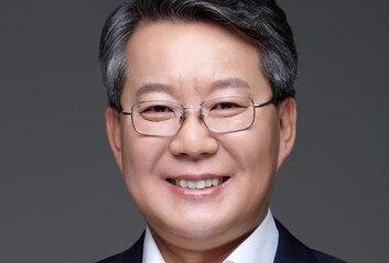 변성완 부산시장 권한대행, 보궐선거 출마 위해 사퇴…민주 3파전