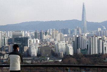 """집값 폭등에 """"난 서포자""""작년 서울서 164만명 짐쌌다"""
