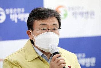 권덕철 복지부장관 코로나19 '음성'정은경 청장도 선제검사