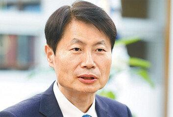 """[단독]김강립 """"아스트라이르면 설前 허가"""""""